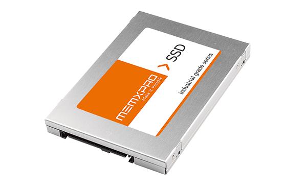 NVMe SSD 固态硬碟